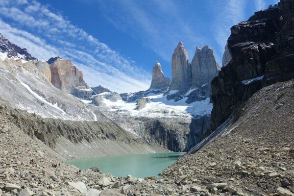 Vista de la base de las Torres del Paine