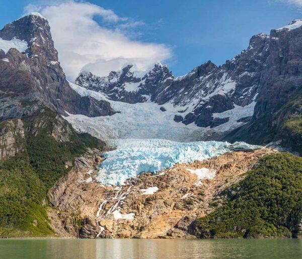 Glaciar Balmaceda ubicado en la Patagonia