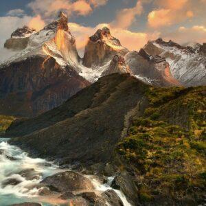 Salto Grande y Lago Nordenskjold en el Parque Torres del Paine