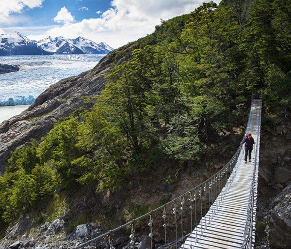 Puente colgante Parque Torres del Paine