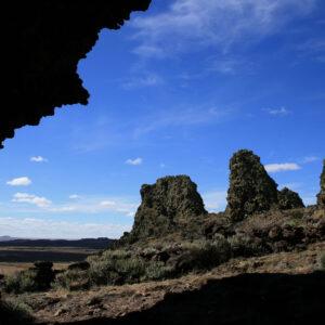 Vista desde cueva en Pali Aike