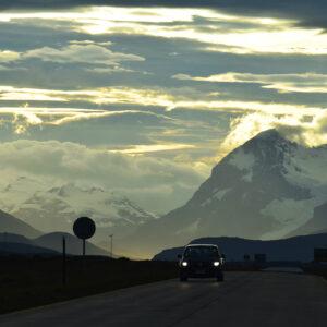 Carretera en Puerto Natales, Patagonia chilena
